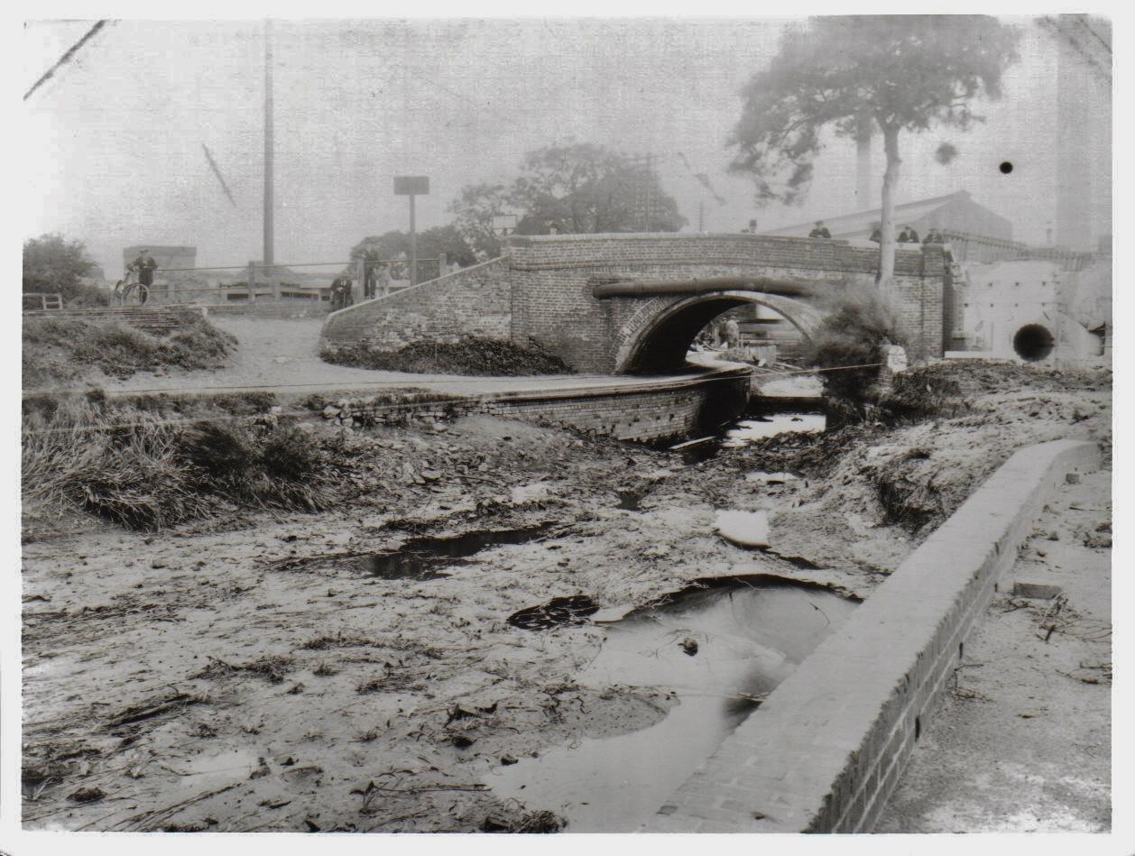15. Harborne Lane Bridge 1928 before demolition (2)
