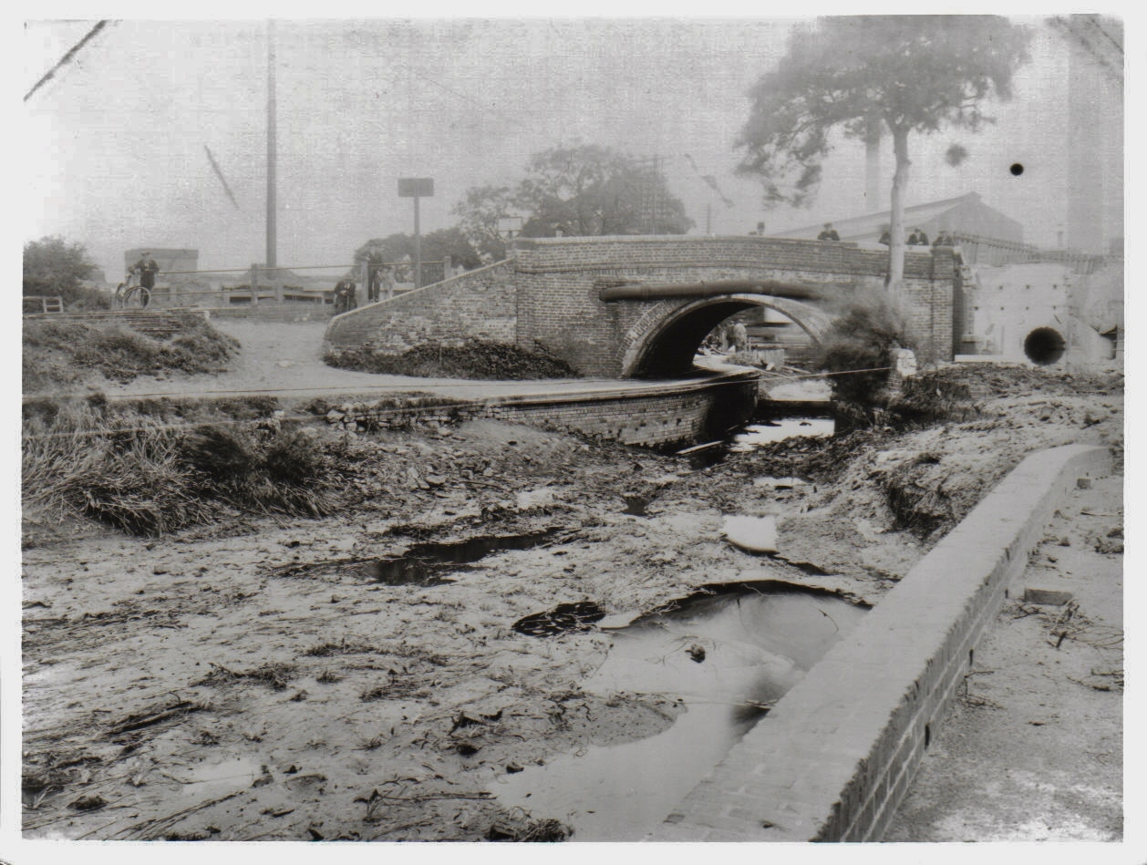 15. Harborne Lane Bridge 1928 before demolition (2)